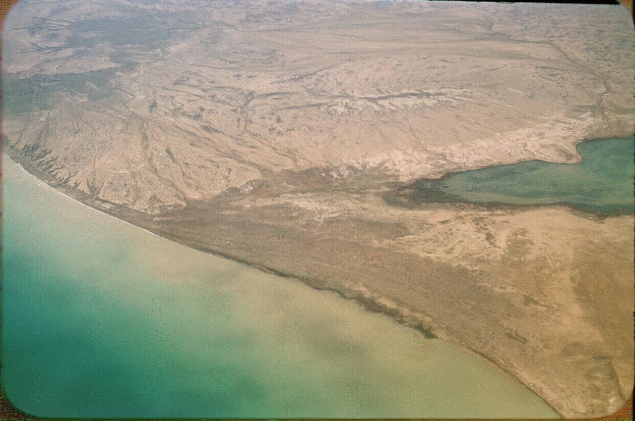 23. Берега Аральского моря