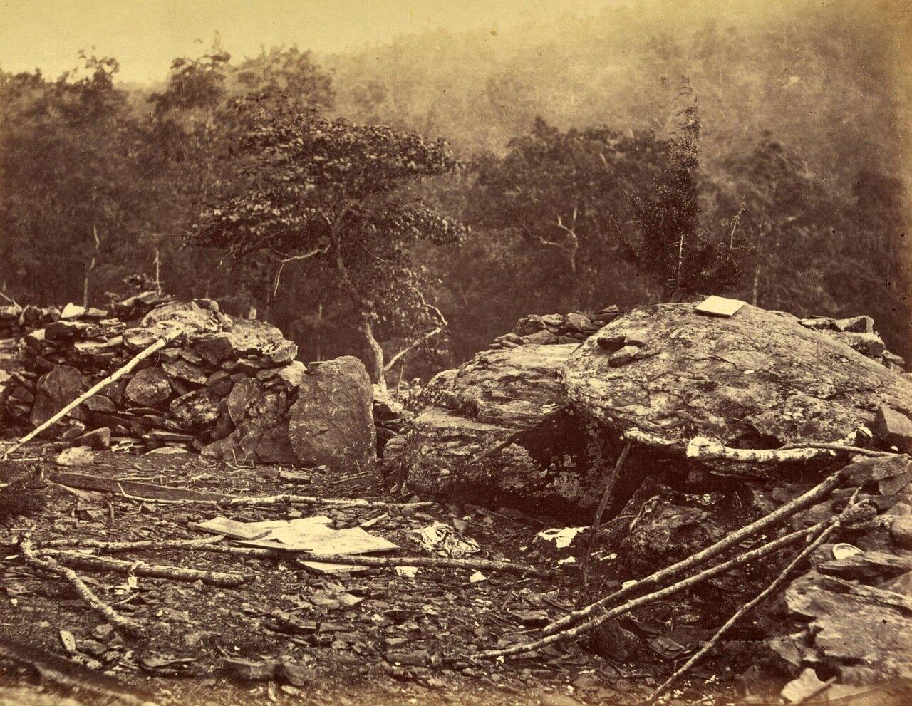 Бруствер на Round Top во время битвы при Геттисберге