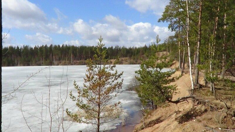 Остановка у озера на трассе Скандинавия
