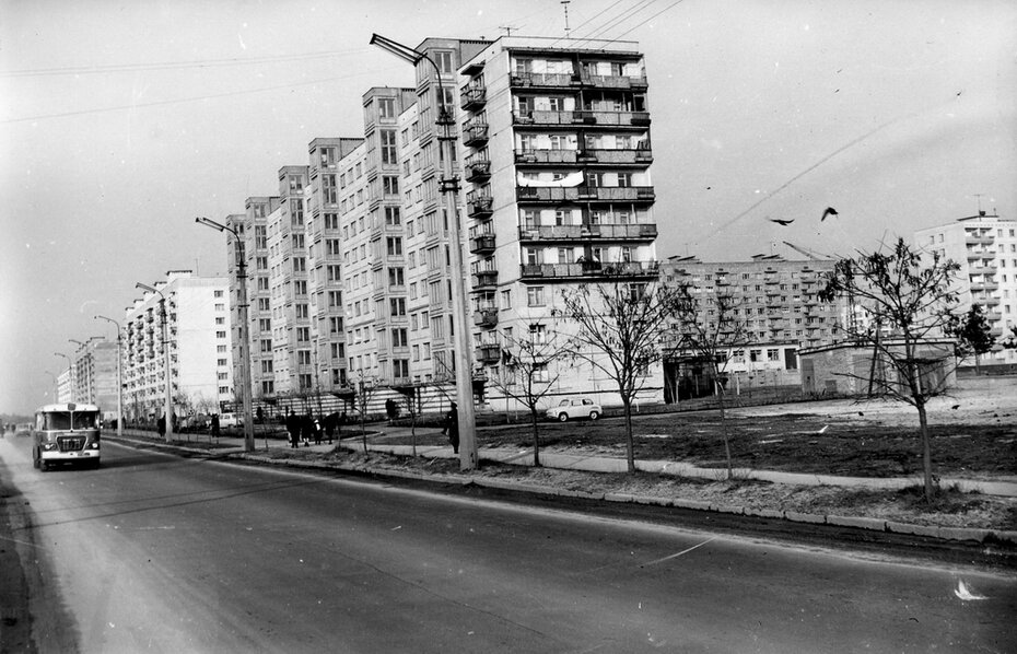 1970.03. Вид жилмассива Водопарк, новые дома на Братиславской. Фото: Примаченко А.