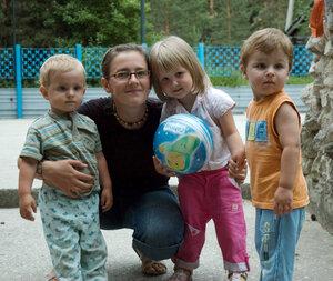 Елена после игры с детьми