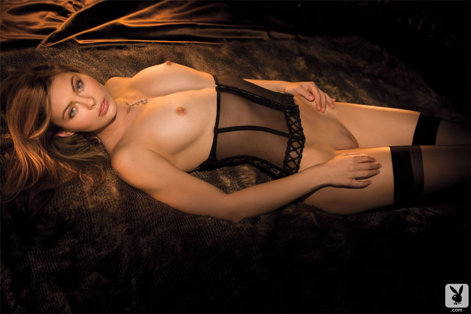 белье моделей фото девушки эротика в