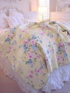 Красивые простыни, удобная постель - залог хорошего сна