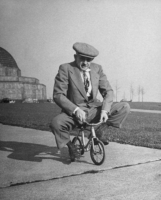 Старые смешные велосипеды