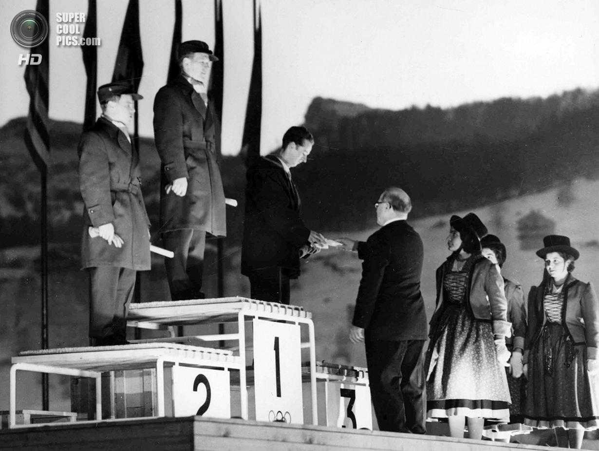 Италия. Кортина-д'Ампеццо, Венето. 5 февраля 1956 года. Президент Международного олимпийского комите