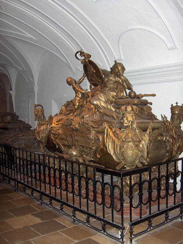 усыпальница Карла VI, Императора Священной Римской Империи