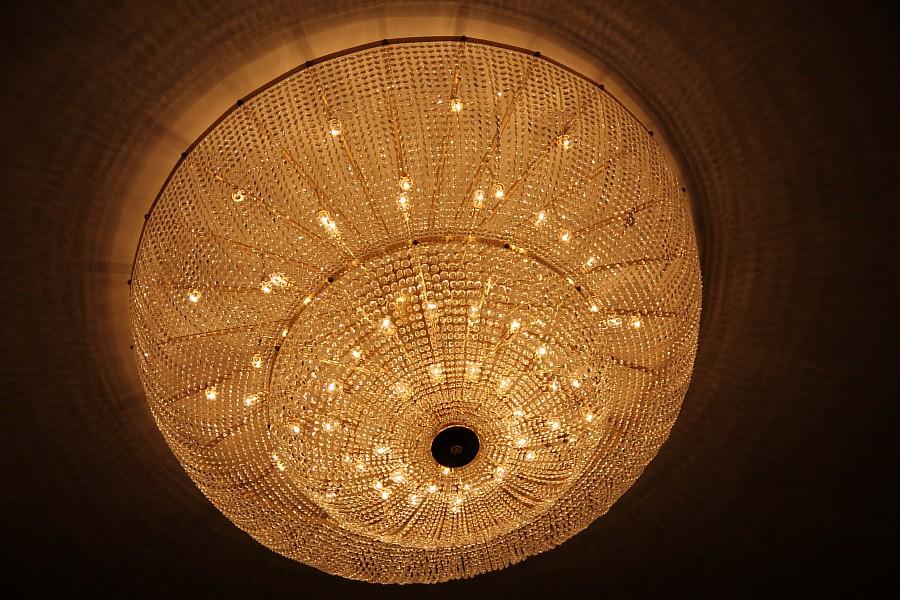 Шикарная филармония в Сургуте. Библиотека в 6 этажей в СурГУ