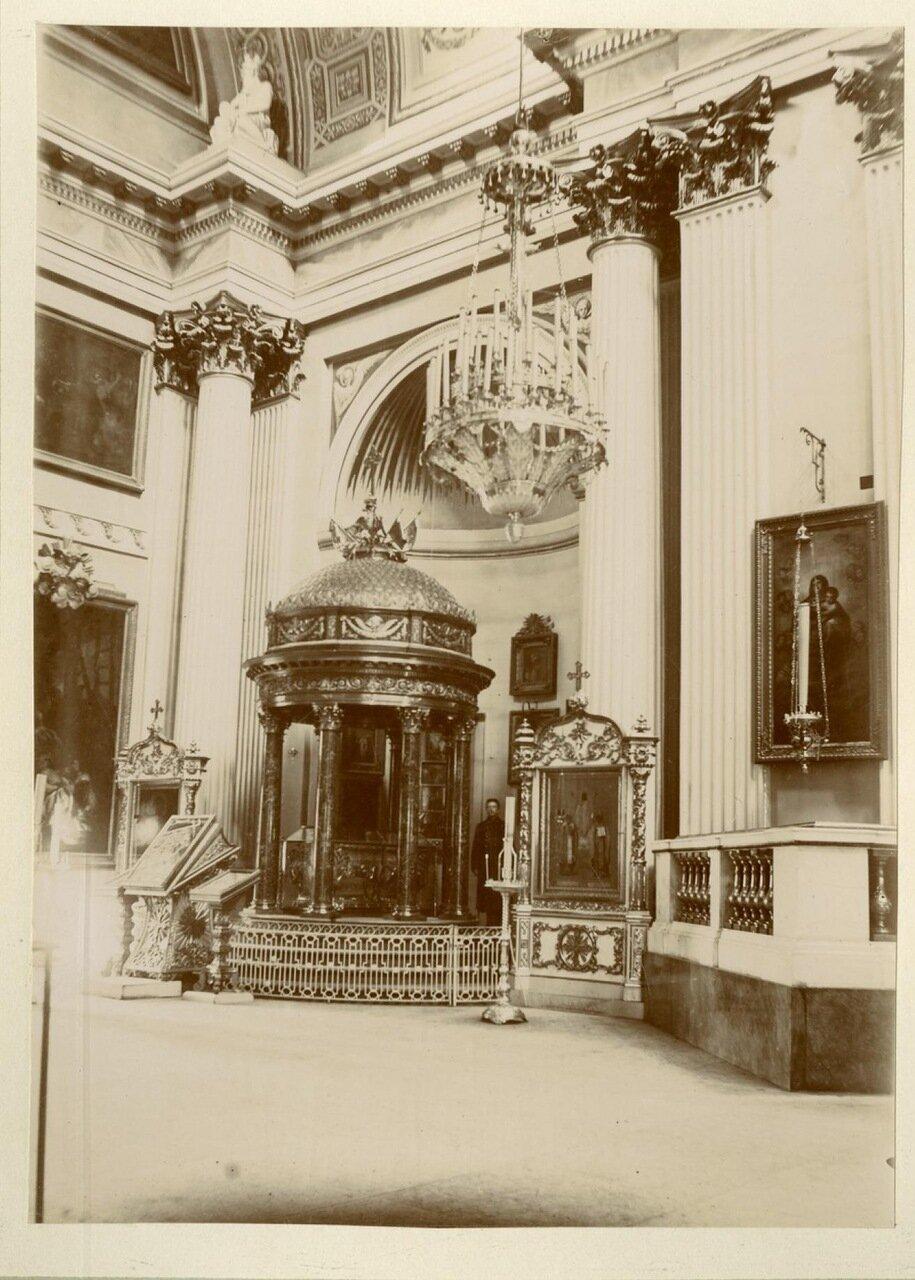 Троицкий собор, сень над плащаницею