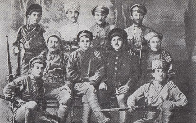 Группа красногвардейцев. г.Баку. Март 1918 г