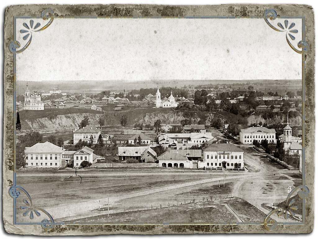 Вид Сенной площади с колокольни Воскресенского собора, 1880 год
