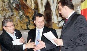 Премьер-министр Молдовы Владимир Филат возвращается в АЕИ