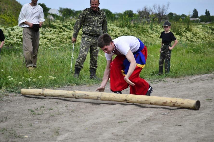 Запорожские казаки прошли «9 порогов»: сдвигали воз весом в 2 тонны и метали камни (ФОТОРЕПОРТАЖ), фото-1