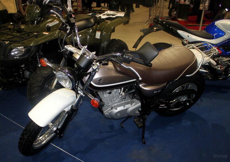 Классический круизер Suzuki Intruder VL800