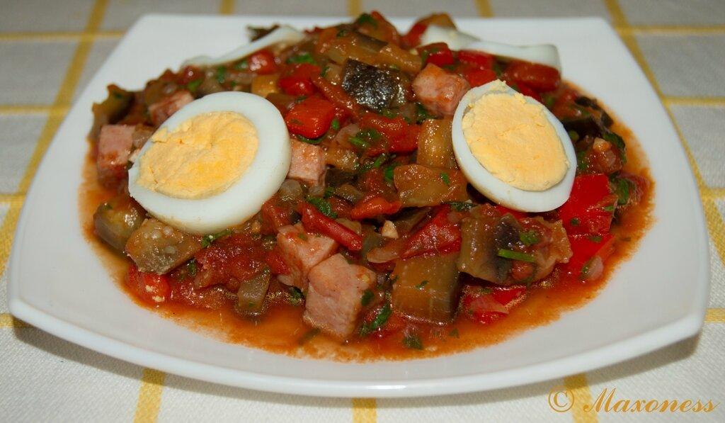 Писто манчего (овощи с ветчиной по-ламанчски). Испанская кухня