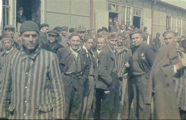 Фото людей в концлагере дахау голых женщин 96533 фотография