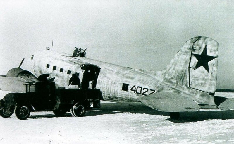 Транспортный самолёт Ли-2