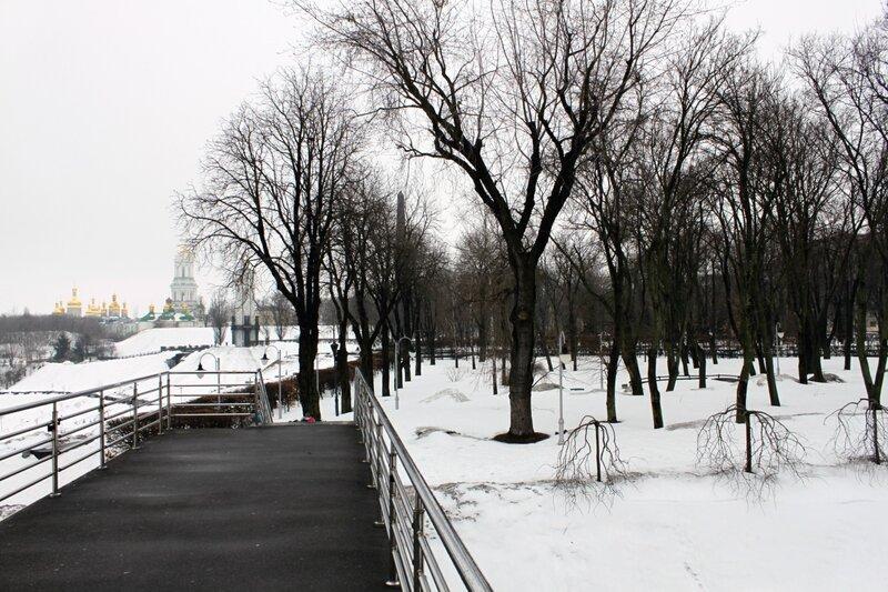 Мостик к парку Славы