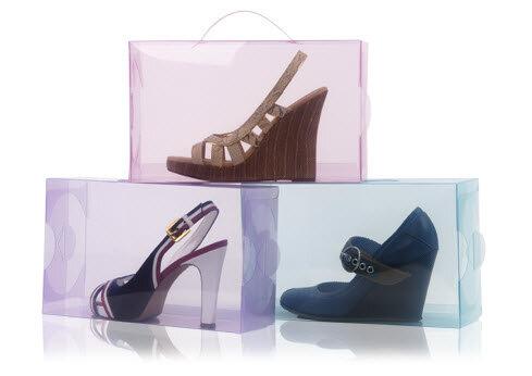 Прозрачный магазин для обуви