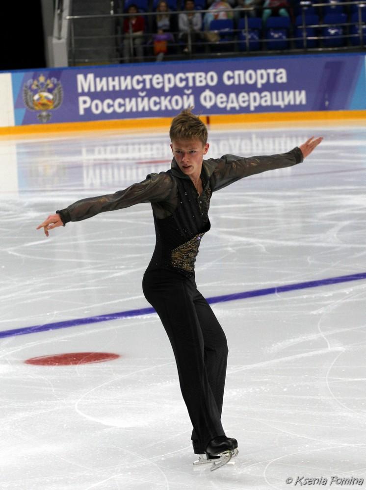 Александр Петров 0_c67cc_b1e4b28f_orig