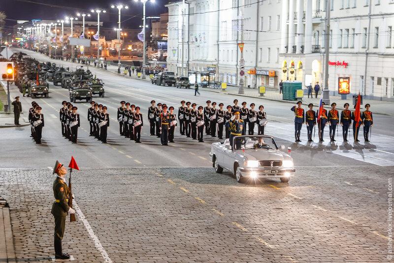 фоторепортаж с парада в екатеринбурге посейдон