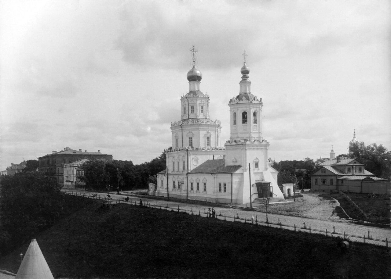 Георгиевская церковь с павильона Коммерческого клуба.