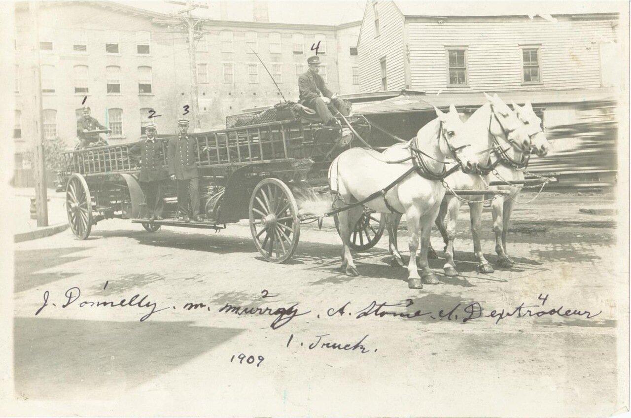 1909. Пожарная лестница