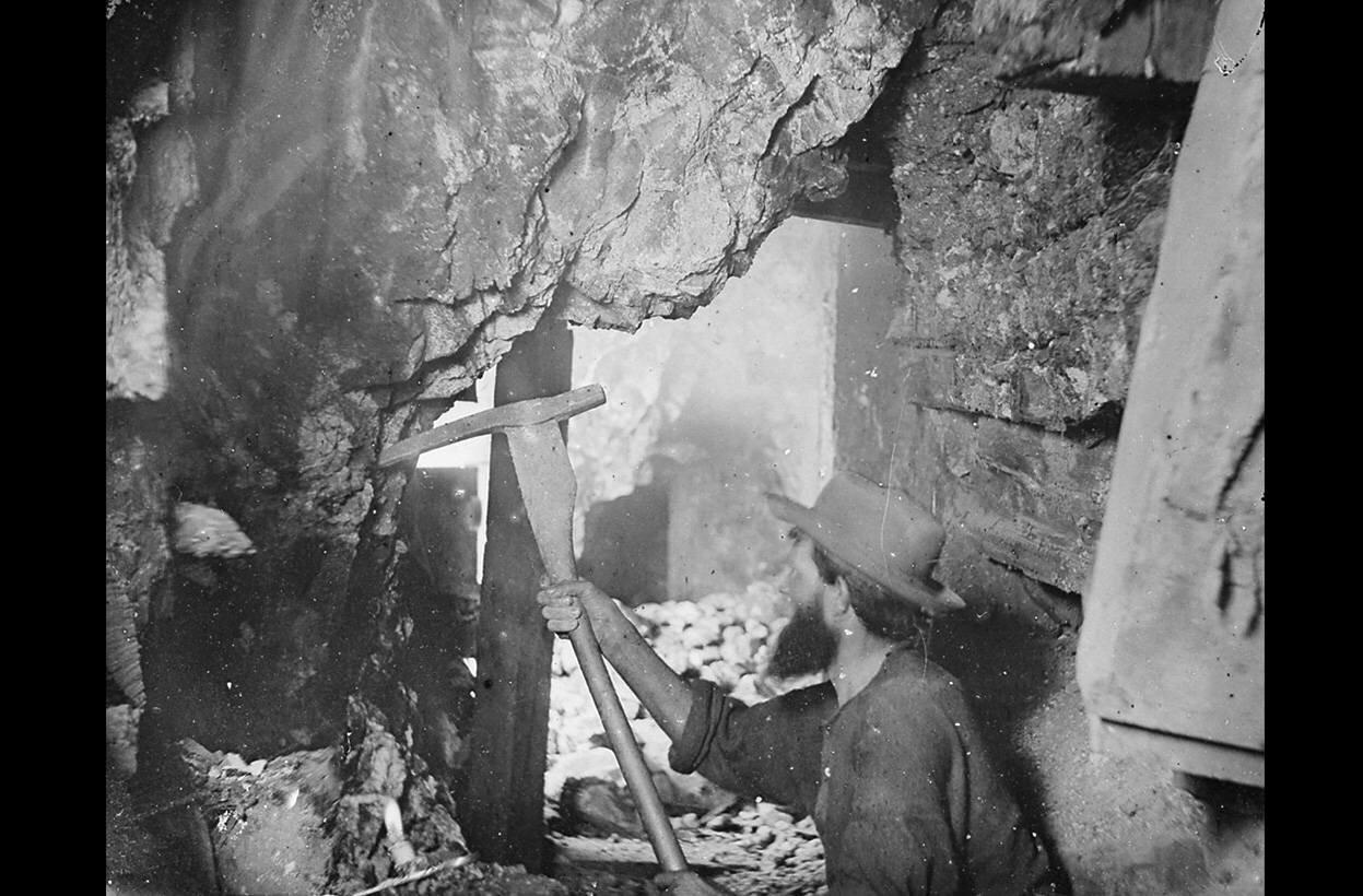 Вирджиния-Сити, штат Невада, богатейшие месторождения серебра в Америке