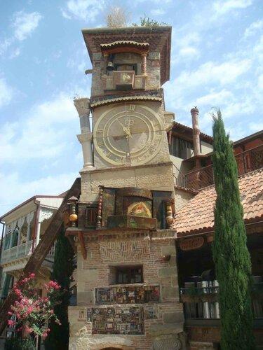 Закаблуцкая Елена, центр Тбилиси. Пьяная башня