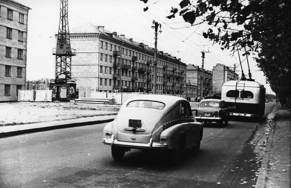 1958.07.26. Воздухофлотское шоссе (теперь Воздухофлотский проспект) в районе Севастопольской площади