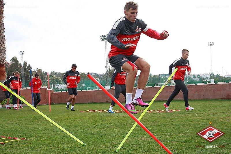 Тренировка «Спартака» накануне матча с «Мольде» (Фото)
