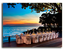 Малайзия. Лангкави. Sheraton Langkawi Beach Resort. Theme Dinner Setup at Extended Pool Deck