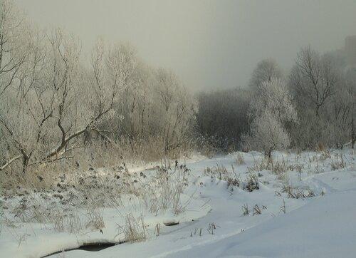 Морозный туман над рекой
