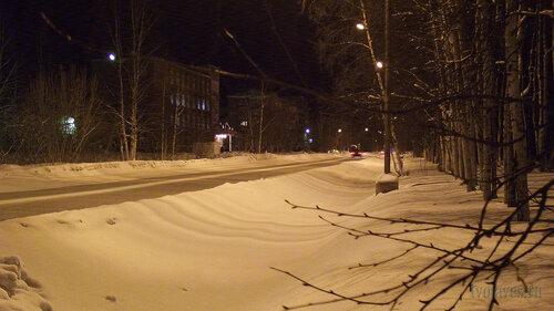 Фото города Инта №2567  Улица Куратова в западном направлении в районе Куратова 18 30.01.2013_17:52