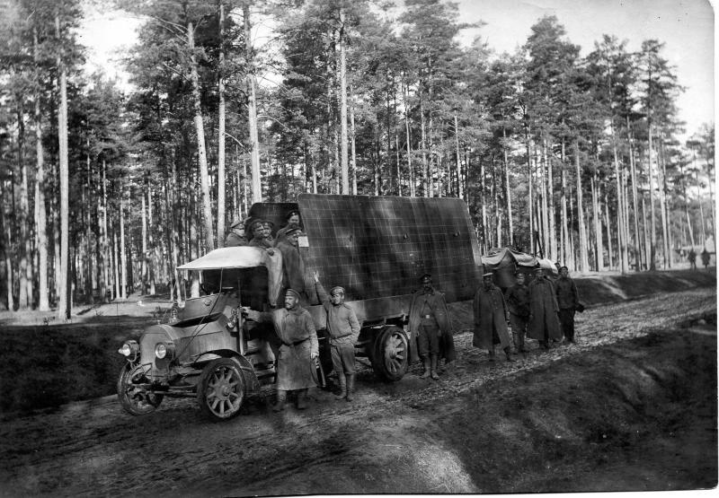 Перевозка летного аппарата. 1914-1917.jpg