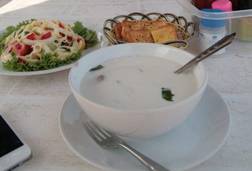 Кокосовый суп том кха