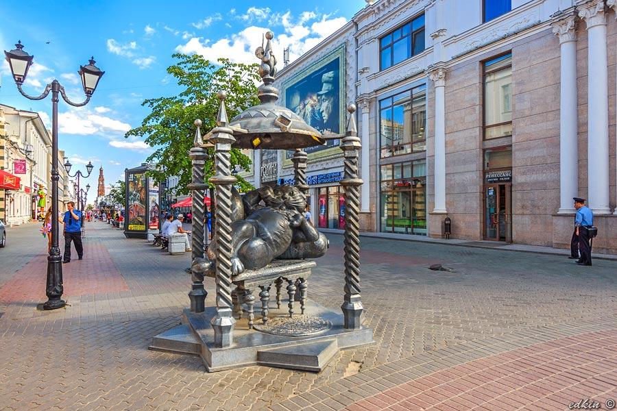 Казань, памятник Коту Казанскому