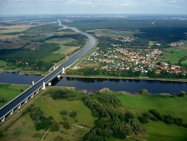 Магдебургский водный мост. Германия