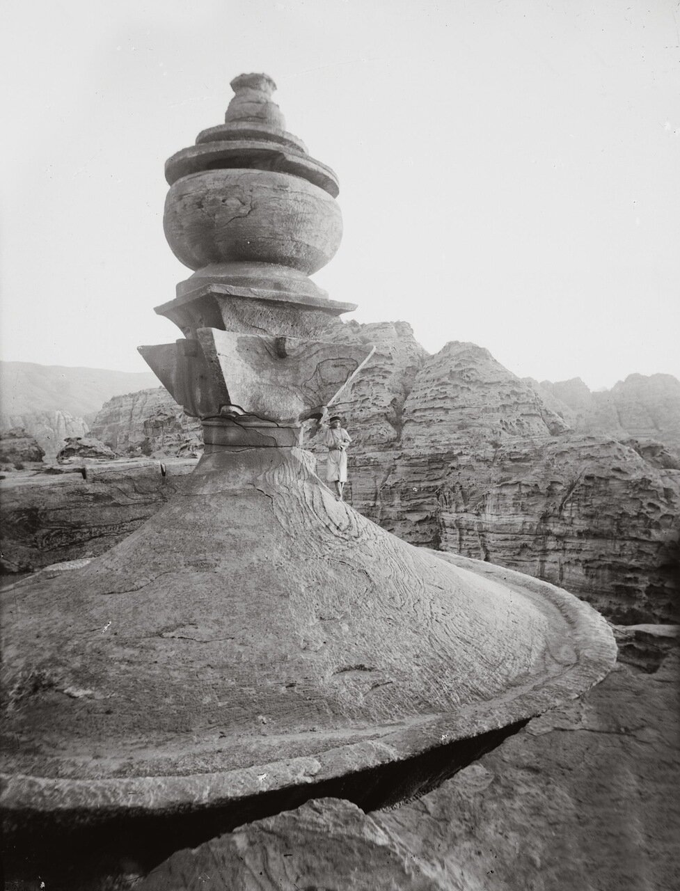 Урна Эд-Дейр. Петра, Трансиордания. 1900-1920 гг.