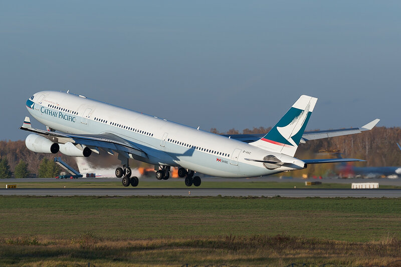Airbus A340-313X (B-HXC) Cathay Pacific DSC7214