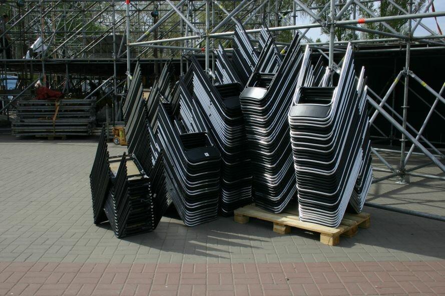 ФОТОФАКТ: Запорожье в ожидании зрелищ: на «Радуге» идут подготовки к концерту, фото-3
