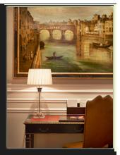 Италия. Флоренция. The St. Regis Florence. Deluxe Room - Medici style detail