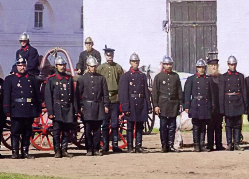 детали фото прокудина горского царской семьи повернулась