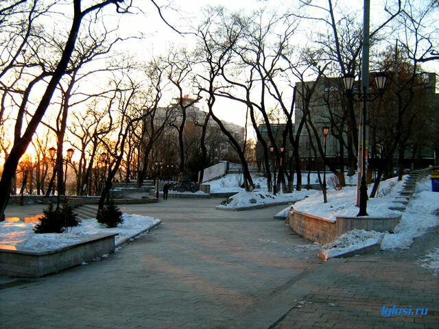 lglusi.ru  Владивосток, зима,Адмиралтейский сквер