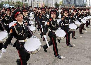 В Приморье Уссурийское суворовское военное училище за 75 лет выпустило 13 тысяч юношей
