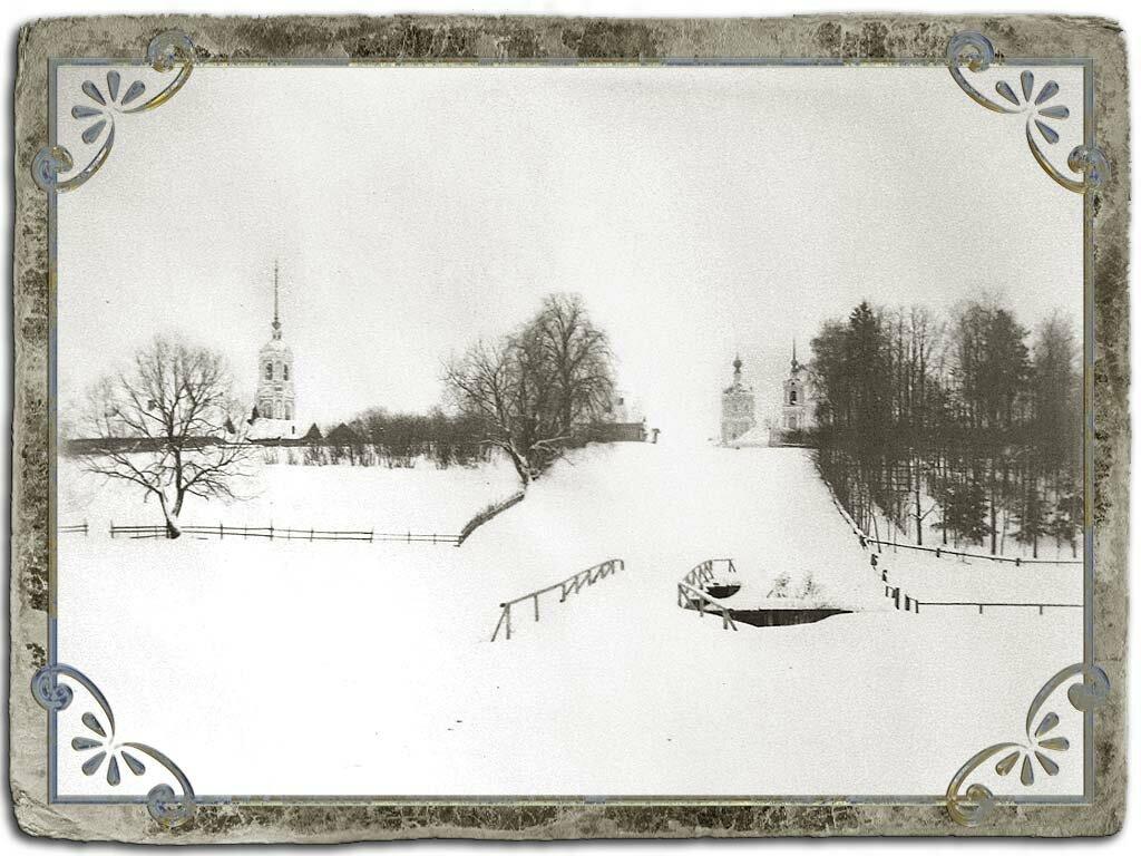 Церкви Крестознаменская и Рождества Пресвятой Богородицы на Чистых прудах