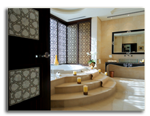 ОАЭ. Дубаи. Raffles Dubai. Royal Suite Bathroom