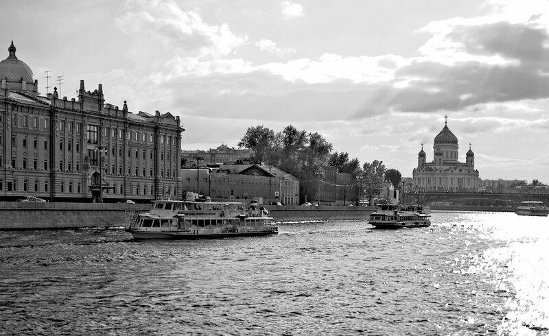 Москва черно-белая.jpg
