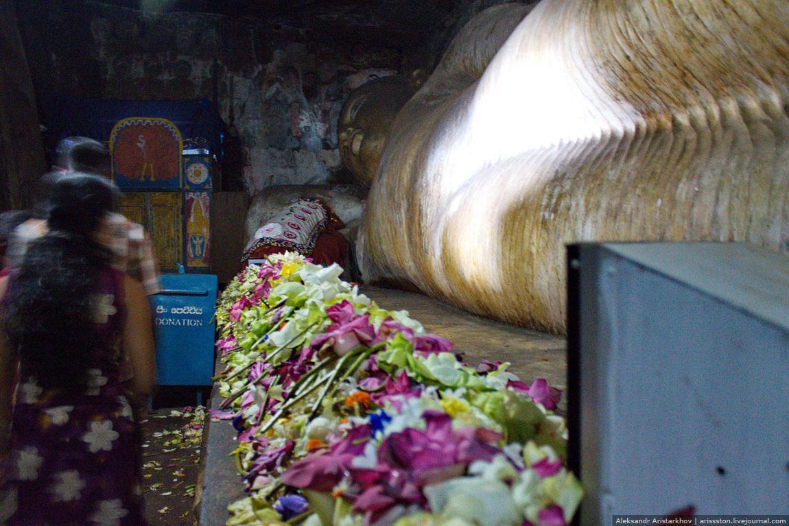 Шри-Ланка_Пещерный храм_07