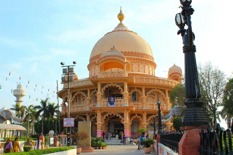 Дели. Храмовый комплекс Чаттарпур