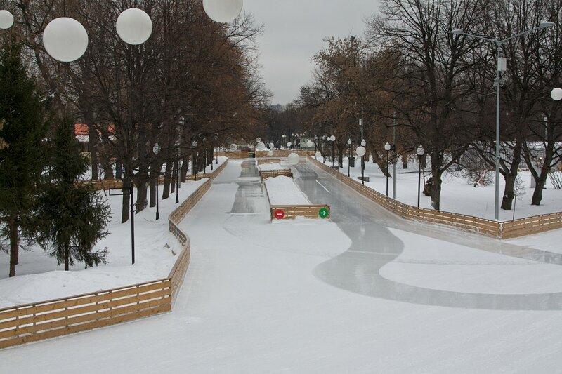 Каток в парке им. Горького